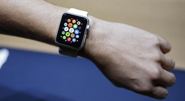 Usa, Apple Watch a 25 dollari per chi fa attività fisica